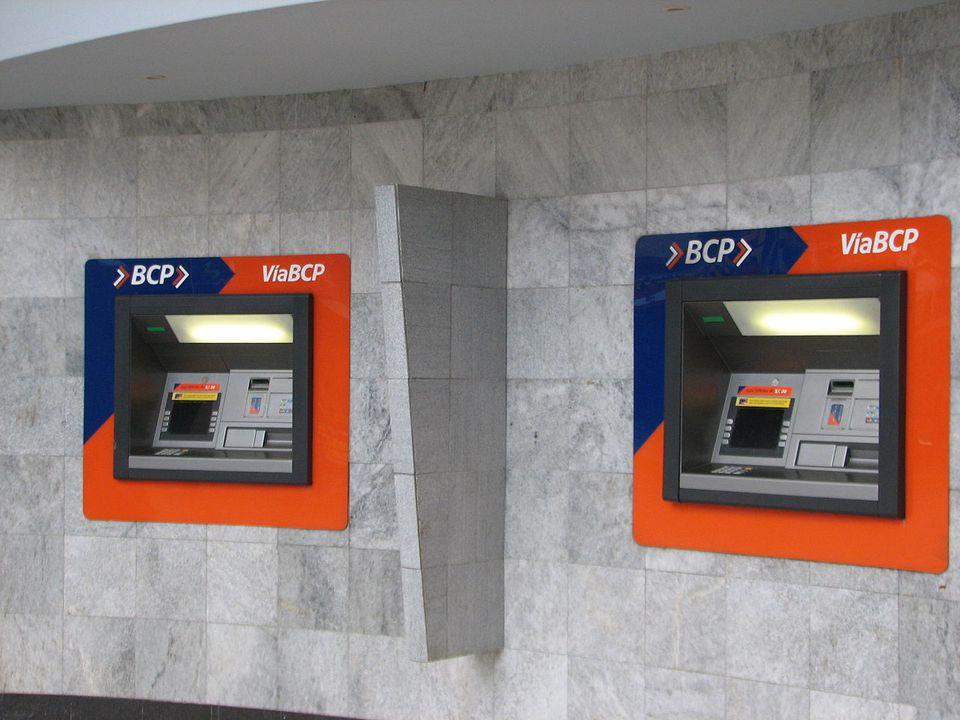atm-peru-cash-machine.jpg