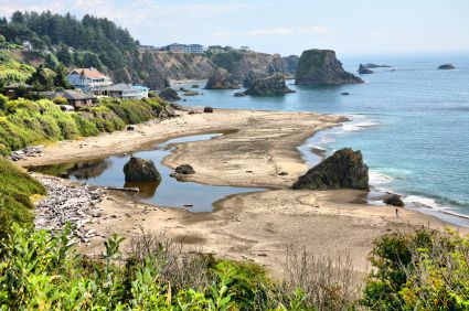 View of Harris Beach State Park (source: iStockphoto)