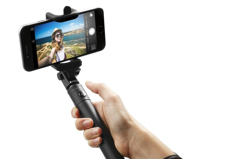 The 6 Best Selfie Sticks To Buy In 2018
