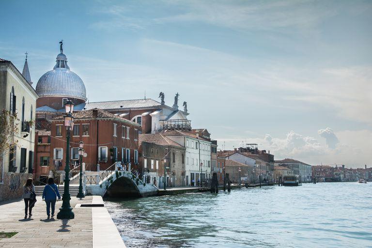 Giudecca-Canal-Venice.jpg