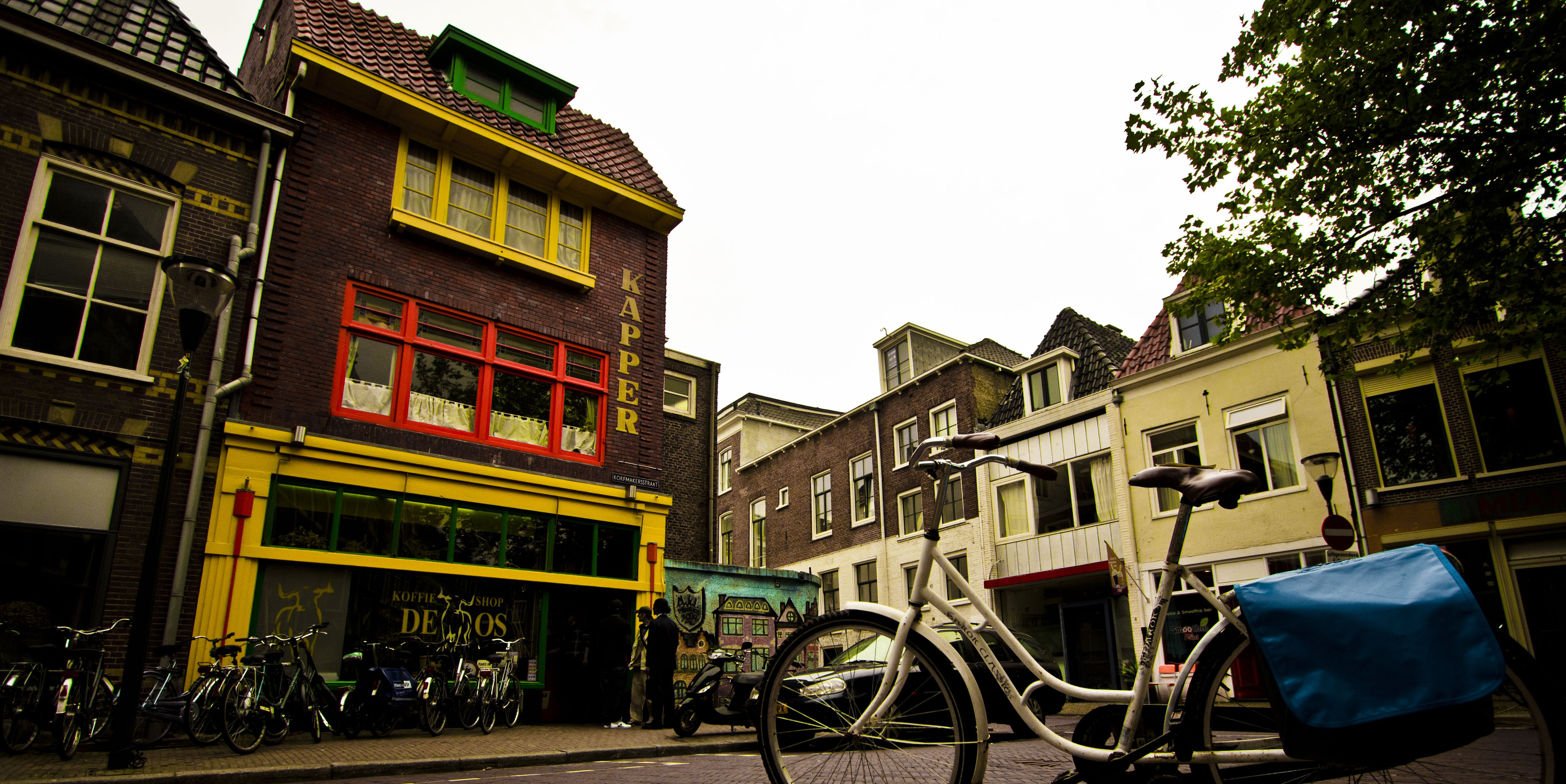 How To Visit Amsterdam Coffee Shops