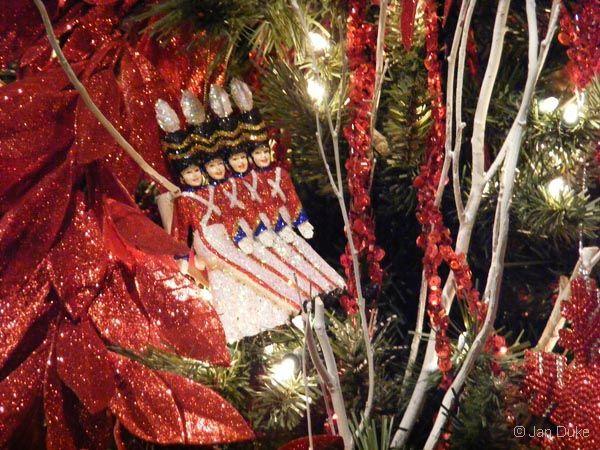 Christmastime Fun at Opryland in Nashville