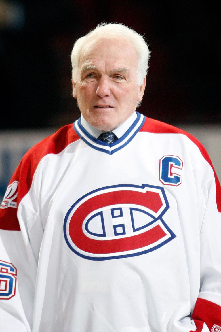 MONTREAL- DECEMBER 4: Former Montreal Canadiens Henri Richard attends the Centennial Celebration ceremonies prior to the NHL game between the Montreal Canadiens and Boston Bruins on December 4, 2009 at the Bell Centre in Montreal, Quebec, Canada. The Canadiens defeated the Bruins 5-1.