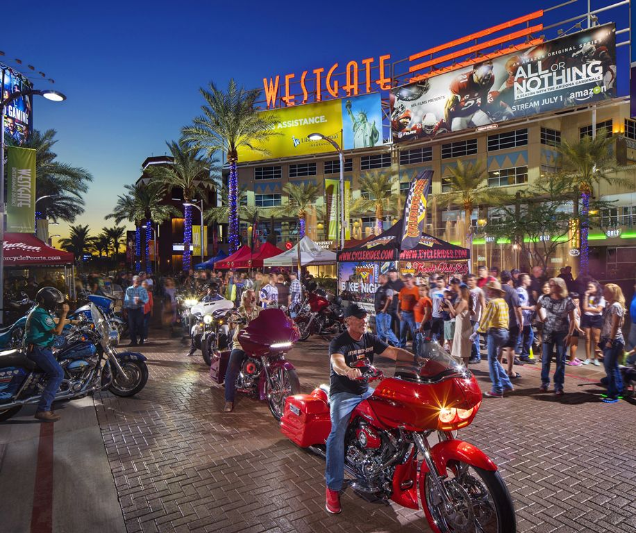 Westgate Bike Night in Glendale