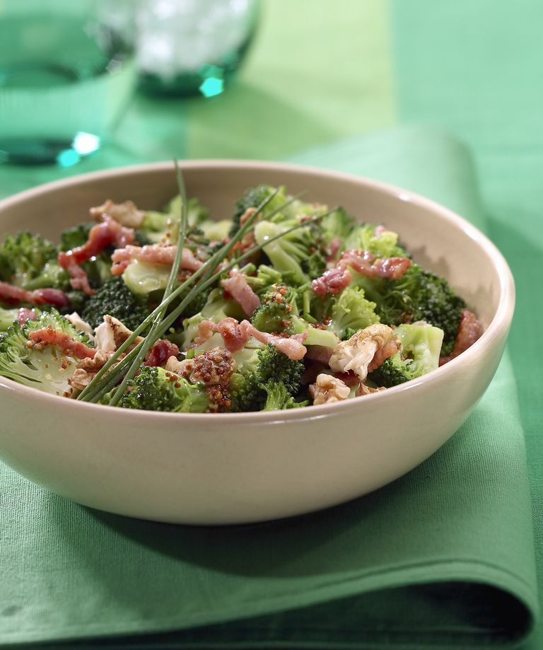 Bacon and broccoli salad