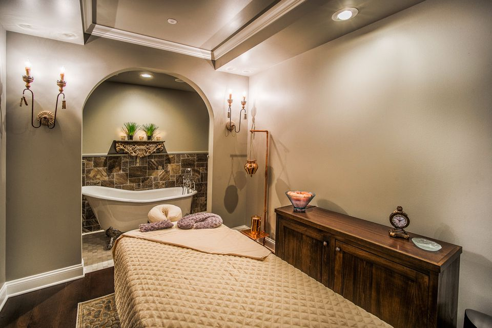 Woodhouse Day Spa Golden