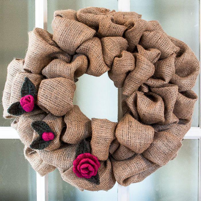 DIY Burlap And Rosebud Wreath