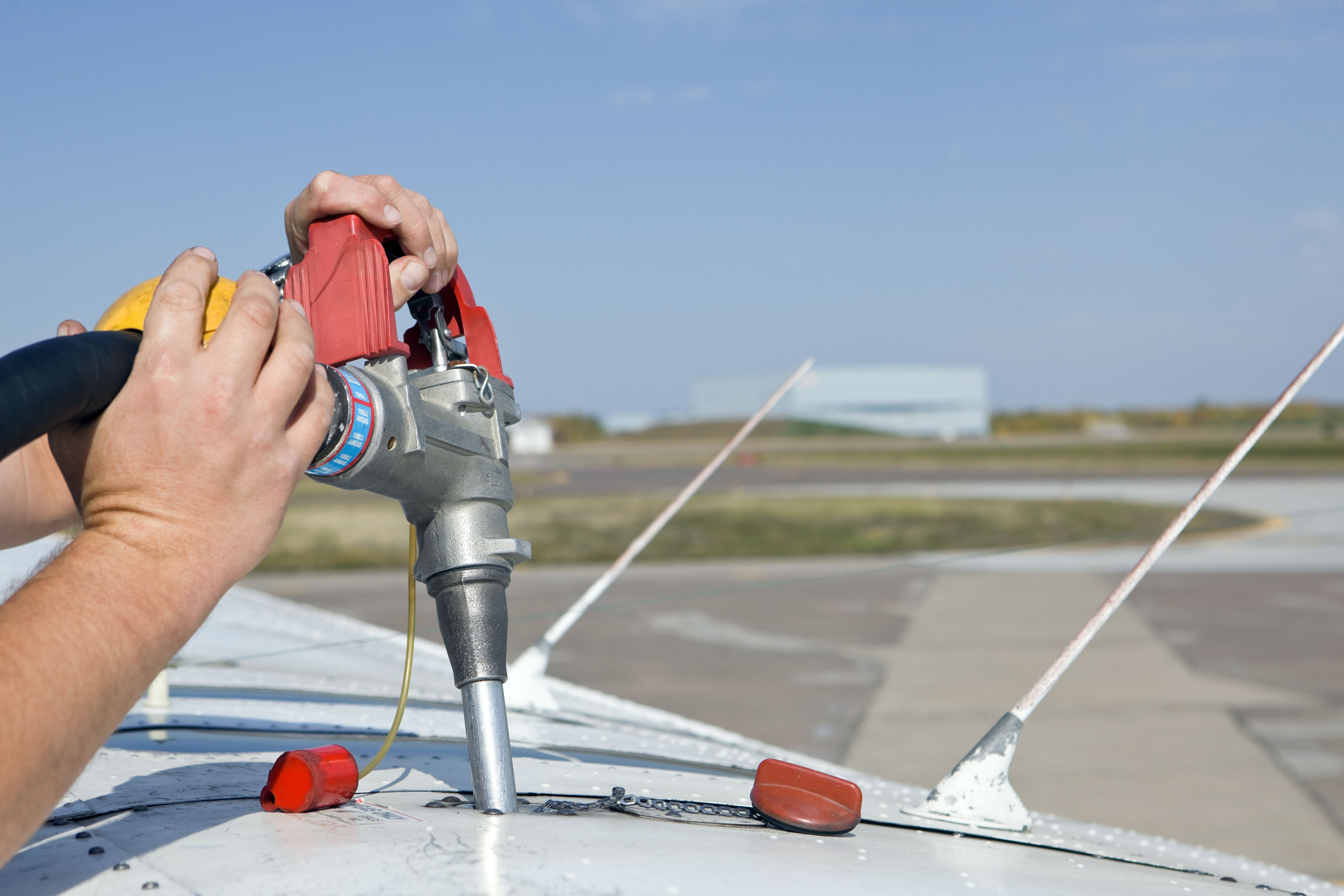 learn about aircraft rental and wet vs dry rates
