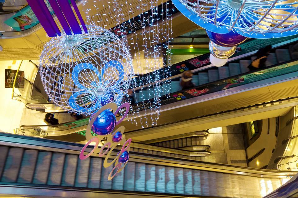 Quatre Temps shopping center at Christmas.