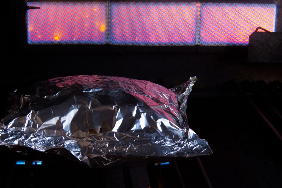 Foil packet cooking with infrared burner