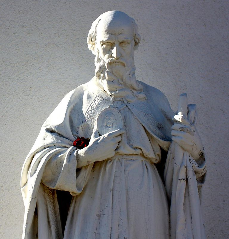 Statue of St. Jude Thaddeus. (Photo © flickr user timlewisnm; CC Attribution ShareAlike 2.0 Generic)