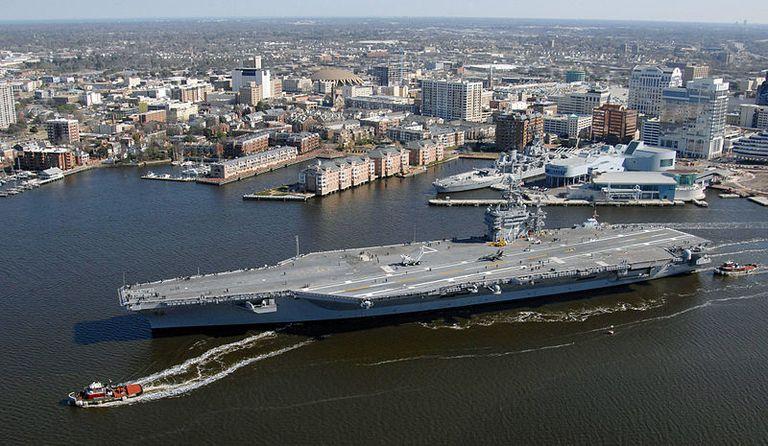 Aircraft Carrier / Norfolk