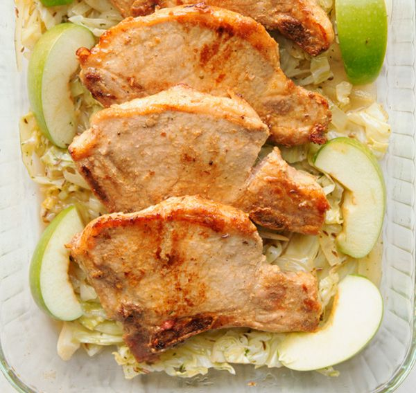 Simple Pork Chops With Apples Recipe