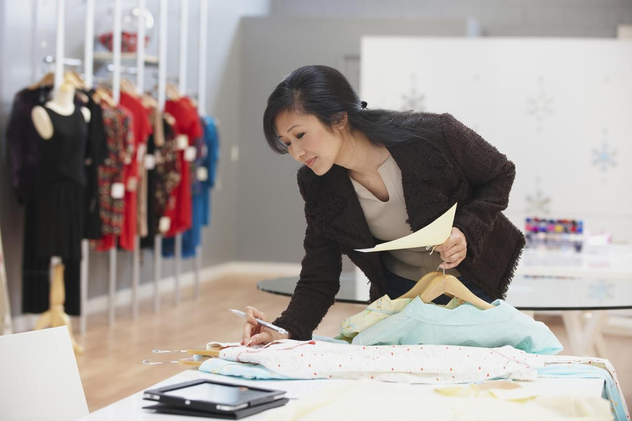 Retail Merchandising Services is a merchandising company that works in retail locations throughout the country. We are hired by retailers and by vendors (who sell products in retailers) to complete merchandising projects all over the country.