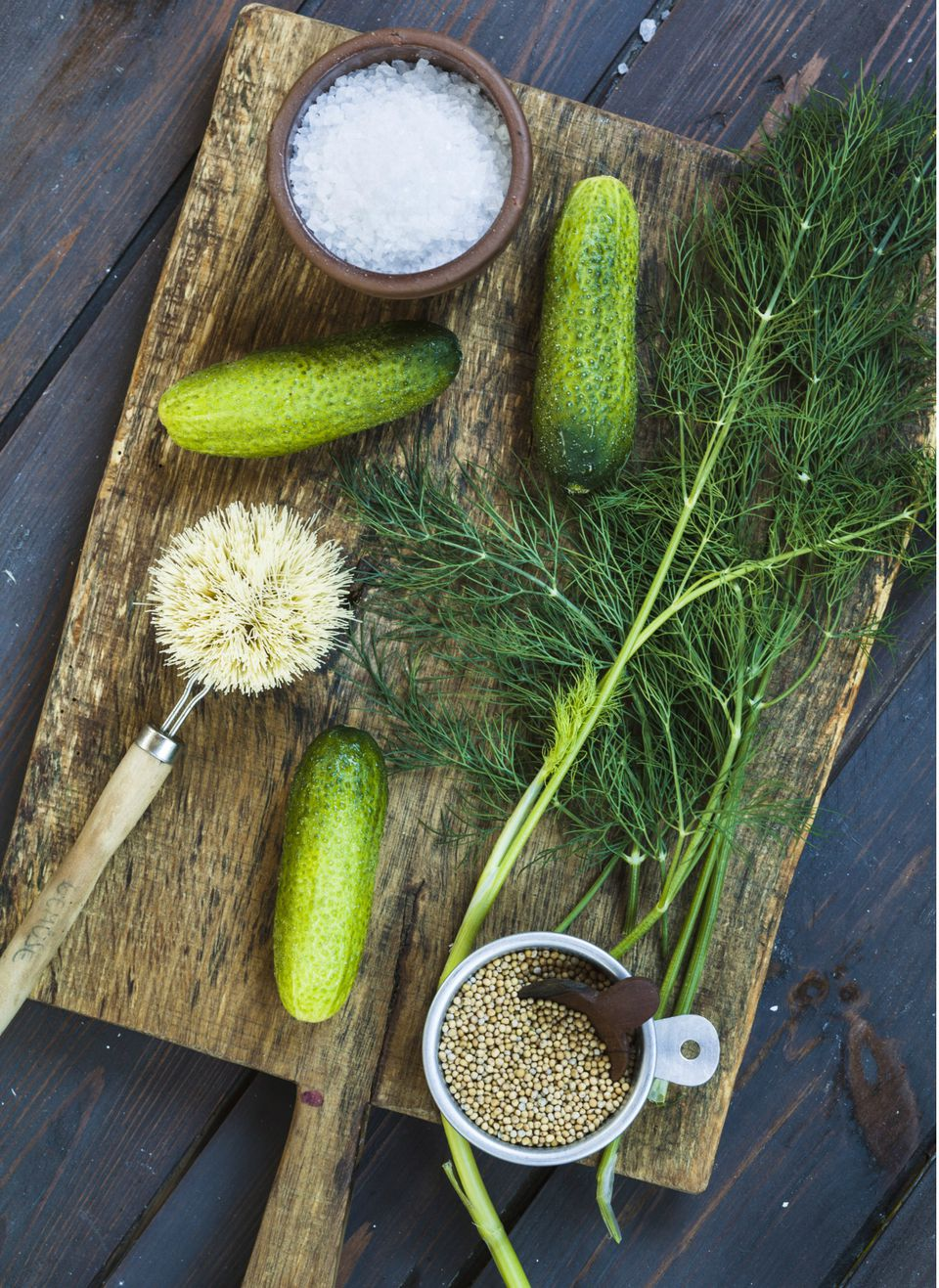 Gherkins, dill, salt and mustard grains