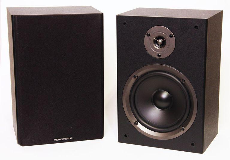 The Monoprice MBS-650 (8250) bookshelf speaker system