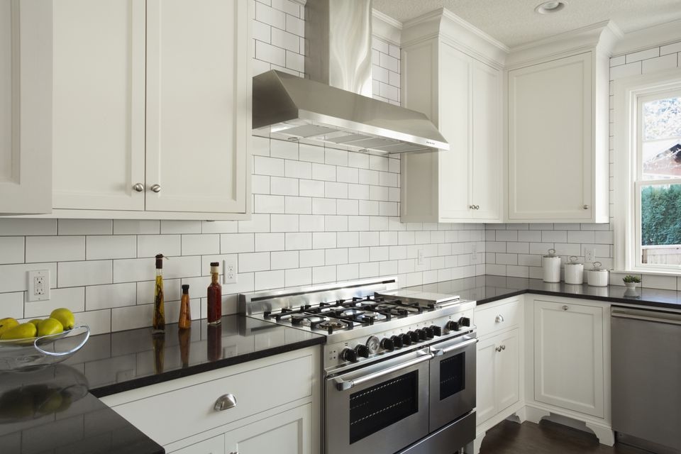 How subway tile can effectively work in modern rooms for Classic kitchen floor tile