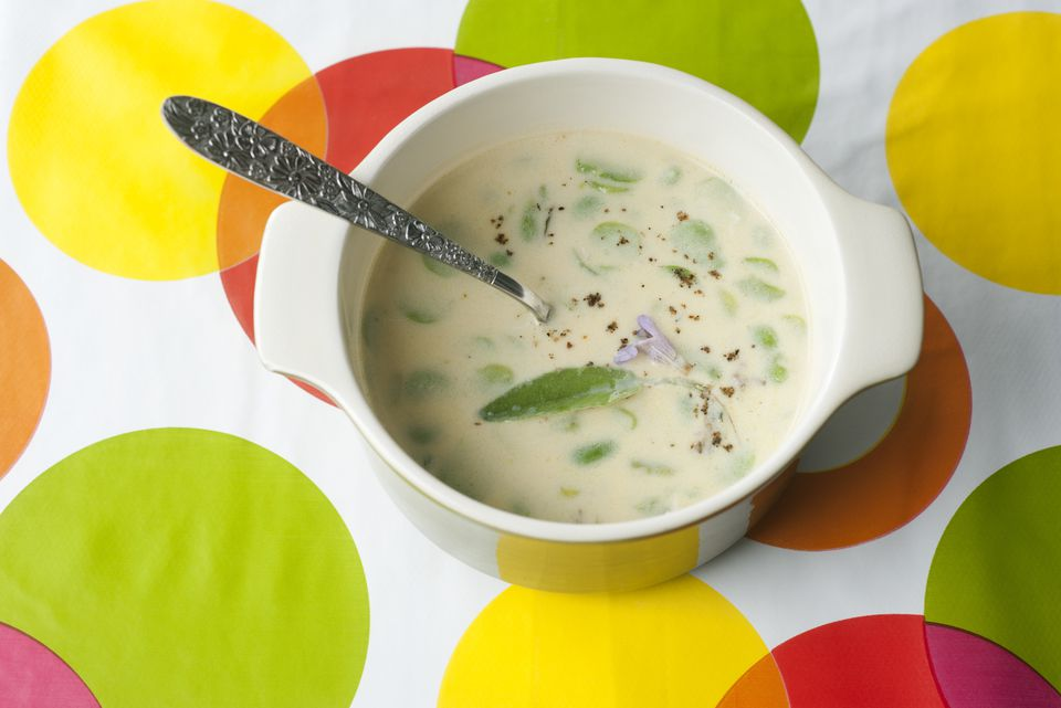 Broad beans with milk and sage