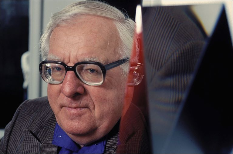 getty_ray_bradbury-56557103.jpg