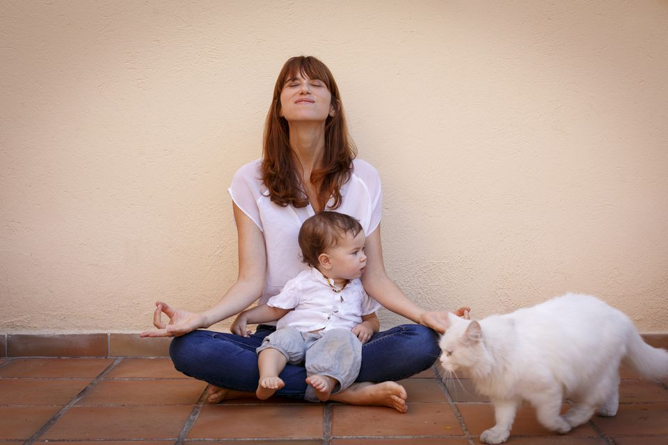toddler meditation, mom meditation, mom meditating