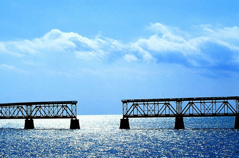 BRIDGE UNDER CONSTRUCTION, FLORIDA, USA