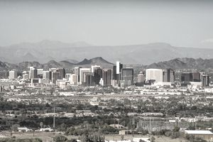 Phoenix, Business district