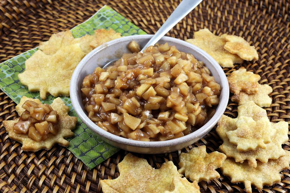 apple pie dip and chips