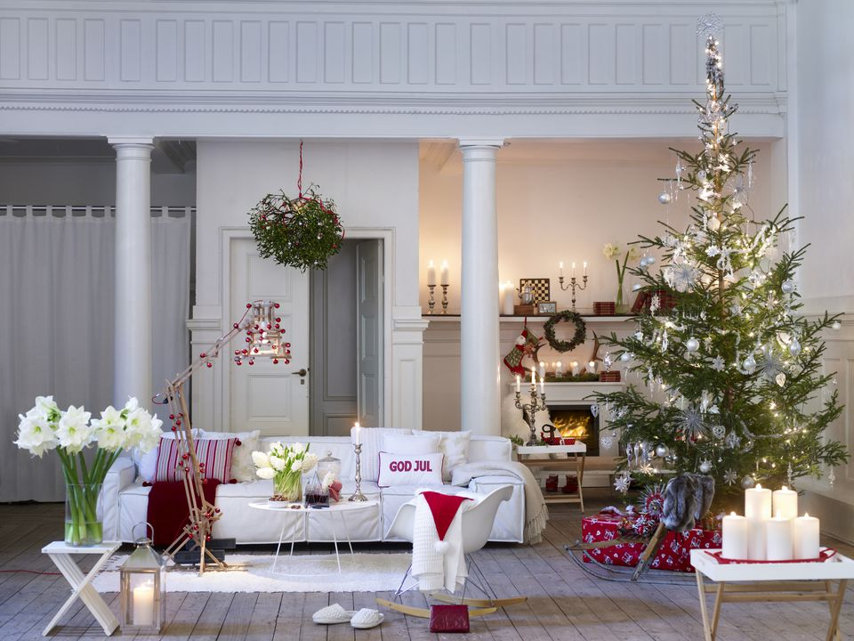 christmas living room. Scandinavian Style Christmas Decorating 15 Beautiful Ways to Decorate the Living Room for