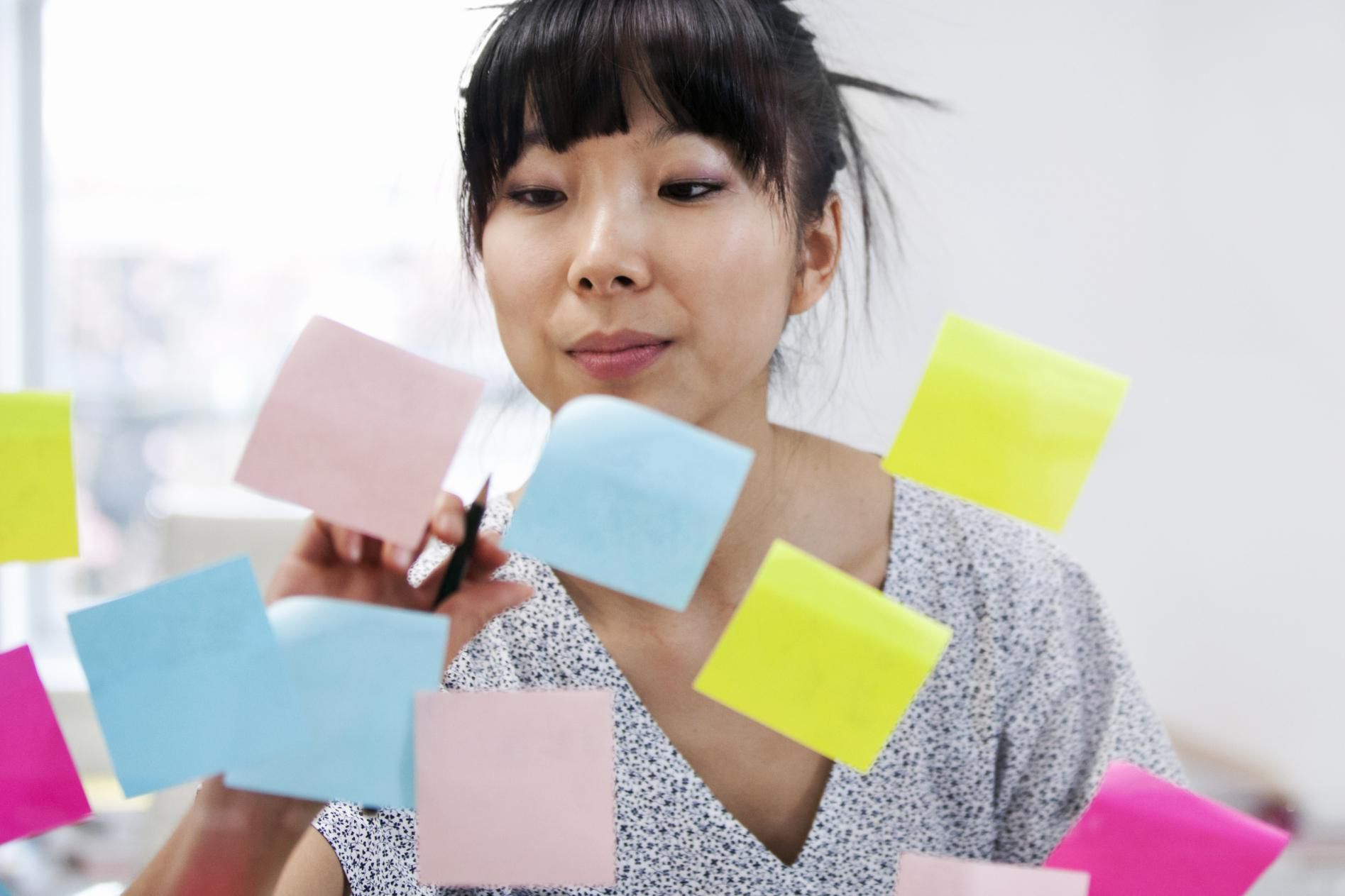 effects of colored paper on reading The reading brain in the digital age: the science of paper versus screens e-readers and tablets are becoming more popular as such technologies improve, but research.