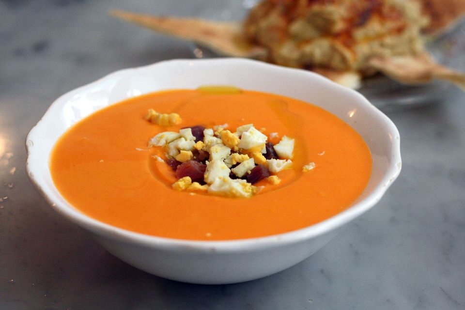 Salmorejo soup photo by Spanish Sabores
