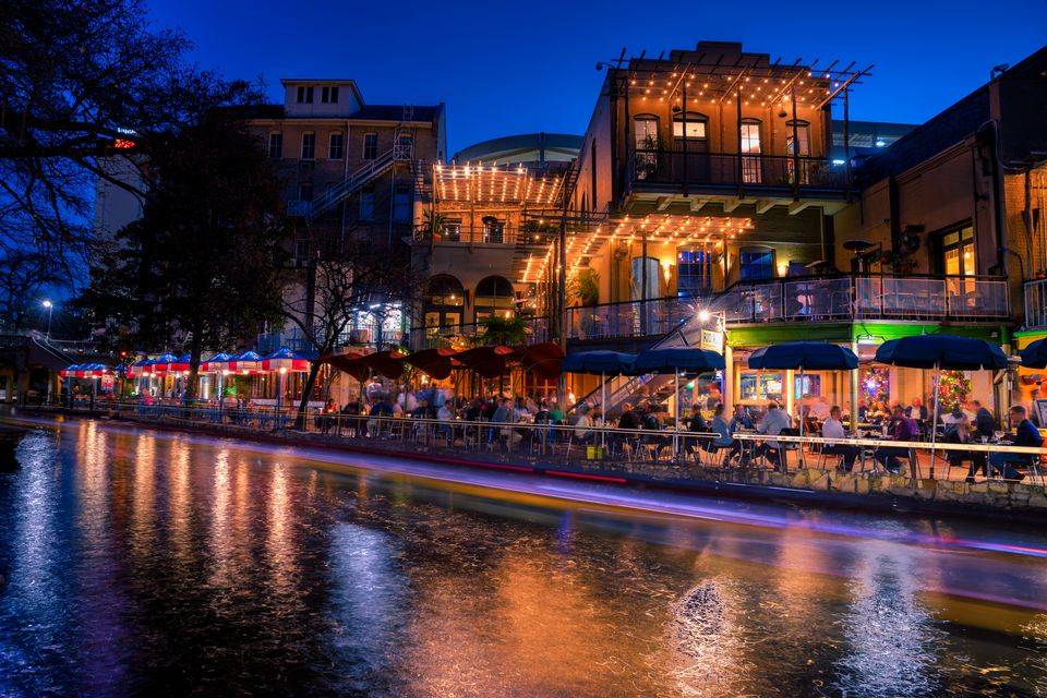 Top 7 Upscale Bars and Nightclubs in San Antonio