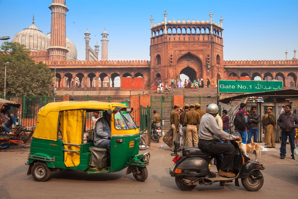 India, Delhi, Old Delhi, Traffic outside Jama Masjid