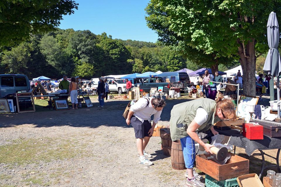 CT flea market