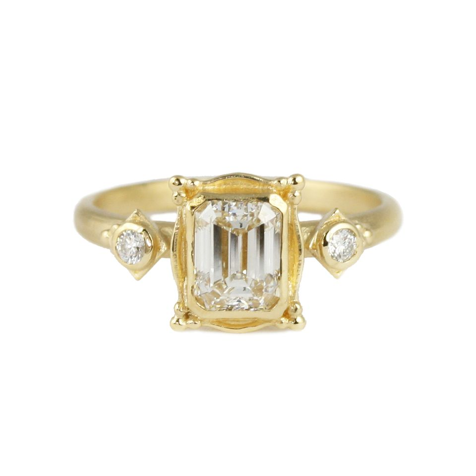 Emerald Cut Engagement Rings You Ll Love Looking At