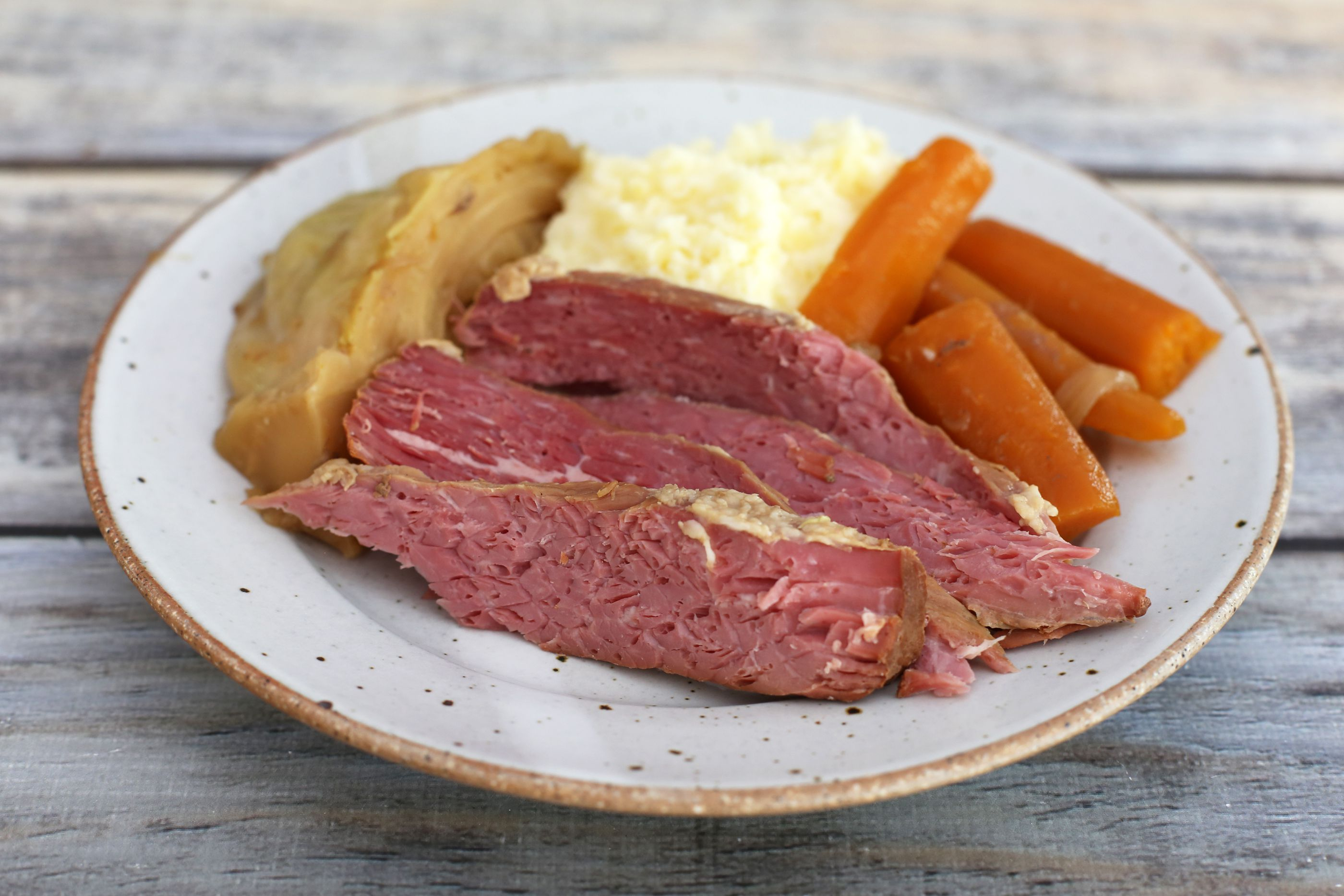 How to Make Homemade Corned Beef Recipe (Home Cured)