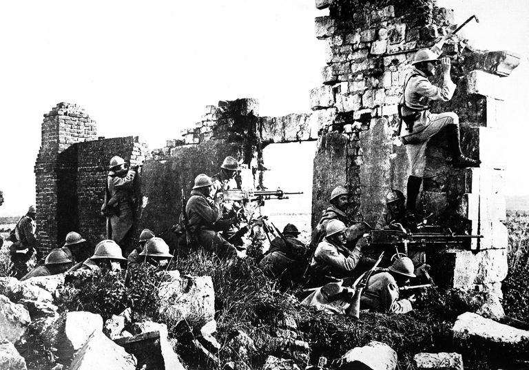 French soldiers near the Marne 1918