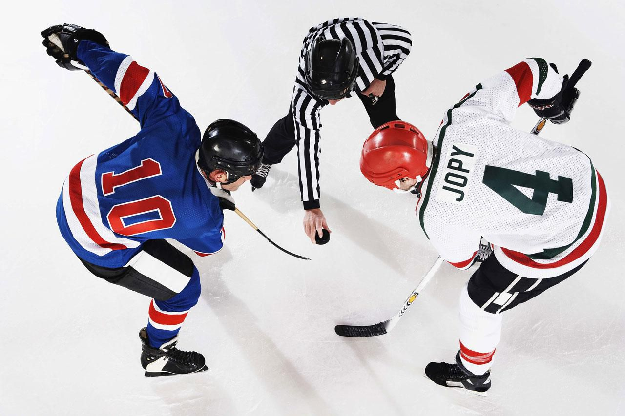the difference between ice hockey and rugby Ice sports are fairly well known in many parts of the world two of the most popular ice sports are ice hockey and figure skating in india, many of us have not been exposed to the so called ice .