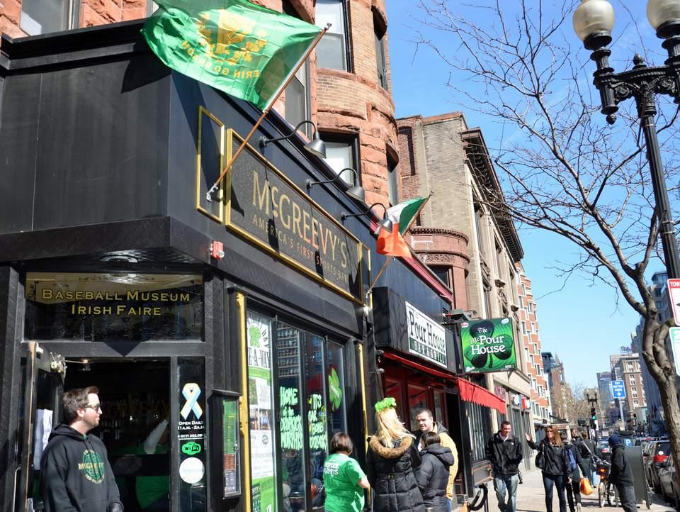 St. Patrick's Day in Boston - Irish Pubs