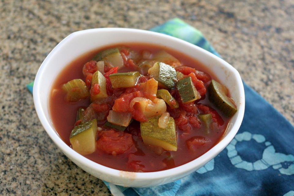 zucchini and tomatoes stewed