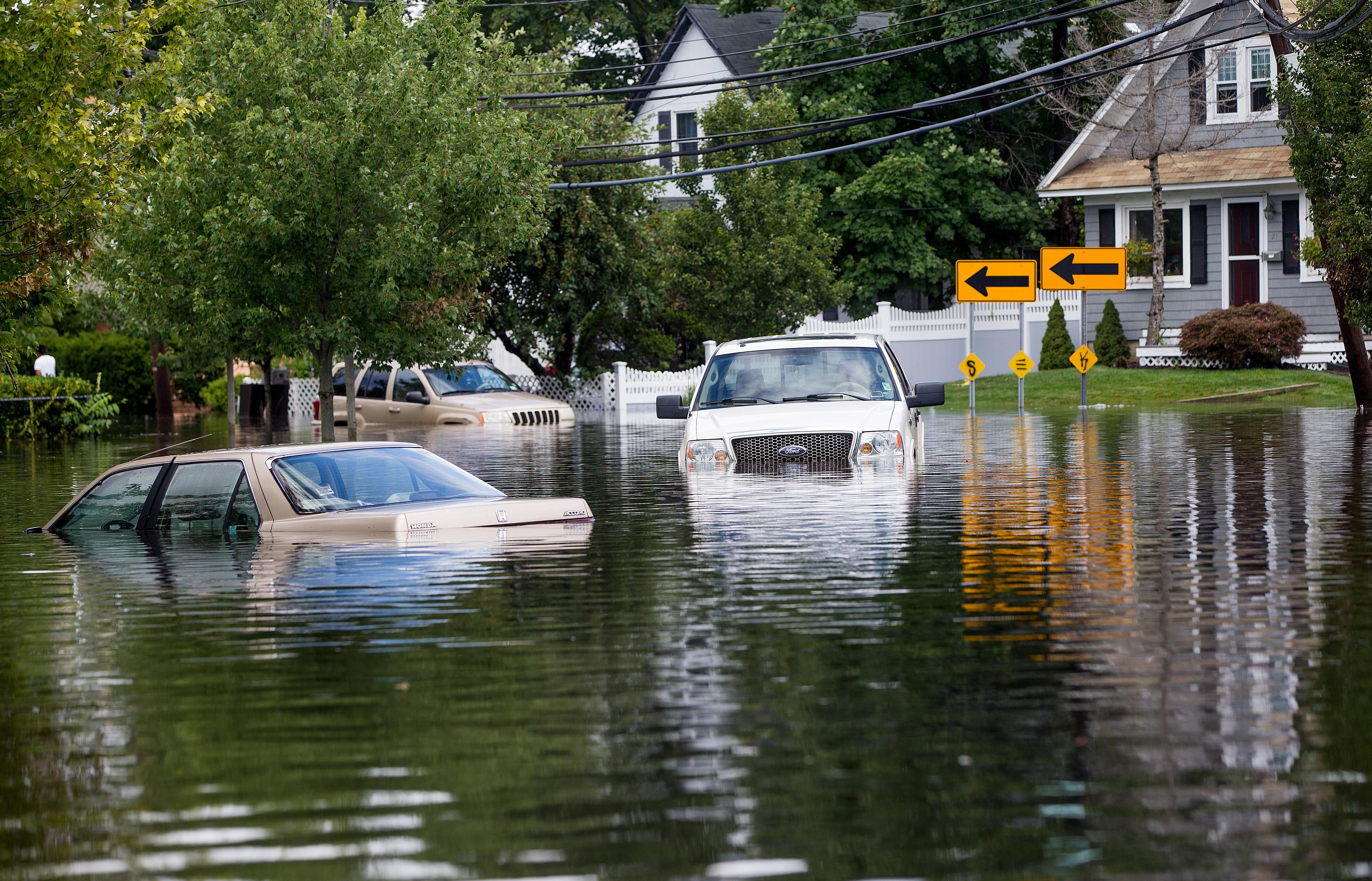 How To Buy A Salvage Flood Car Or Truck