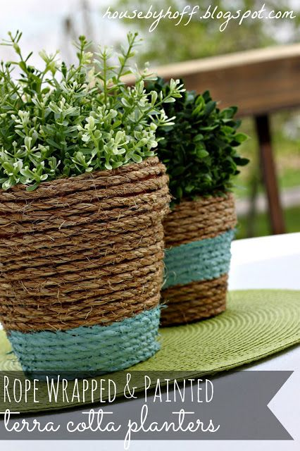 DIY patio decor -- rope wrapped terracotta pots