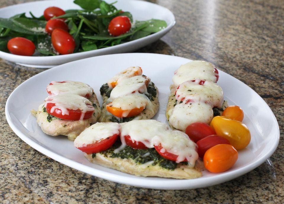 Baked Chicken With Pesto and Mozzarella Cheese
