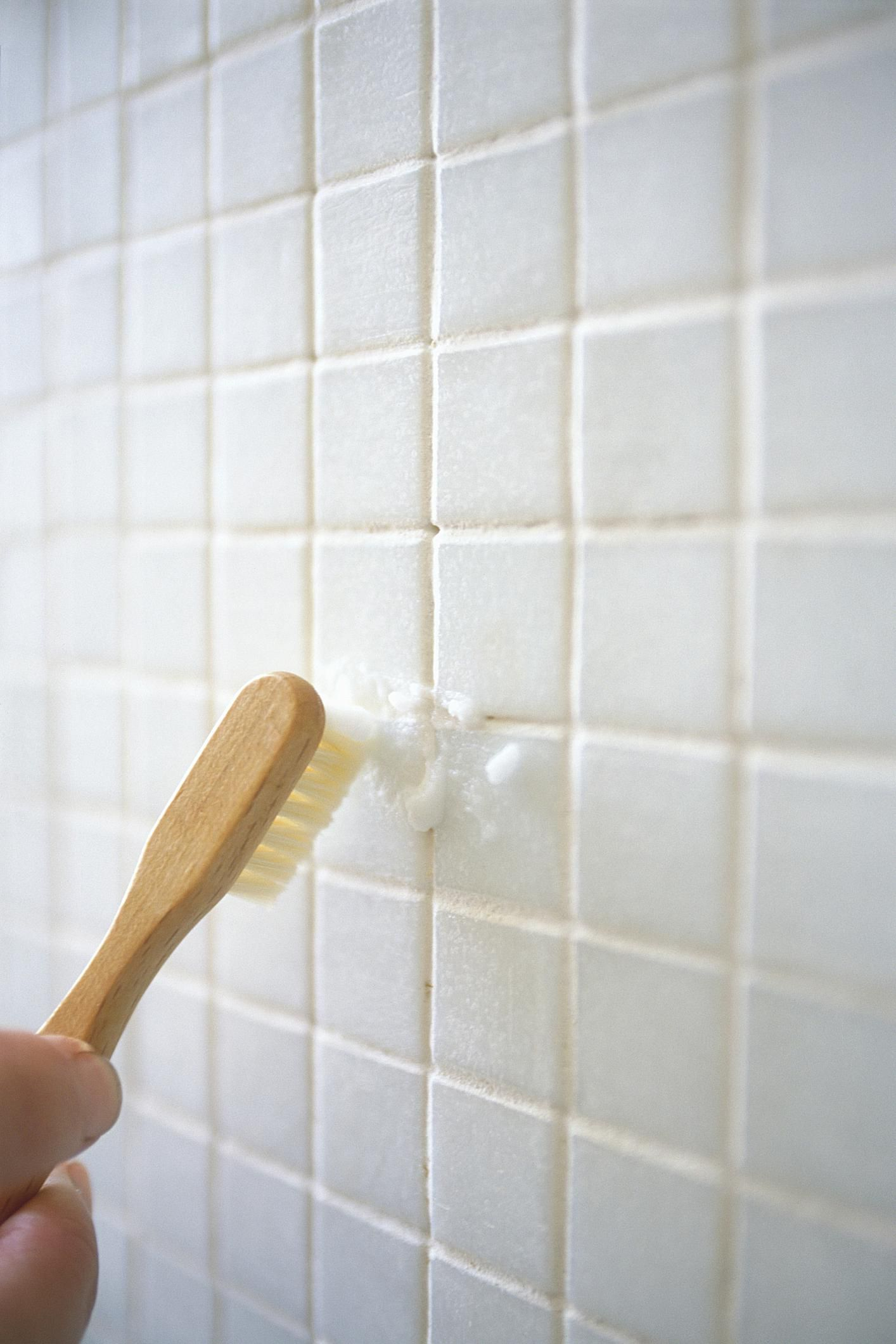 Grout haze cleaning is easier with this method the ultimate guide to grout cleaning and maintenance dailygadgetfo Image collections