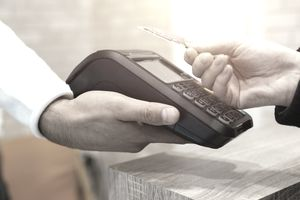 Presenting a credit card for payment