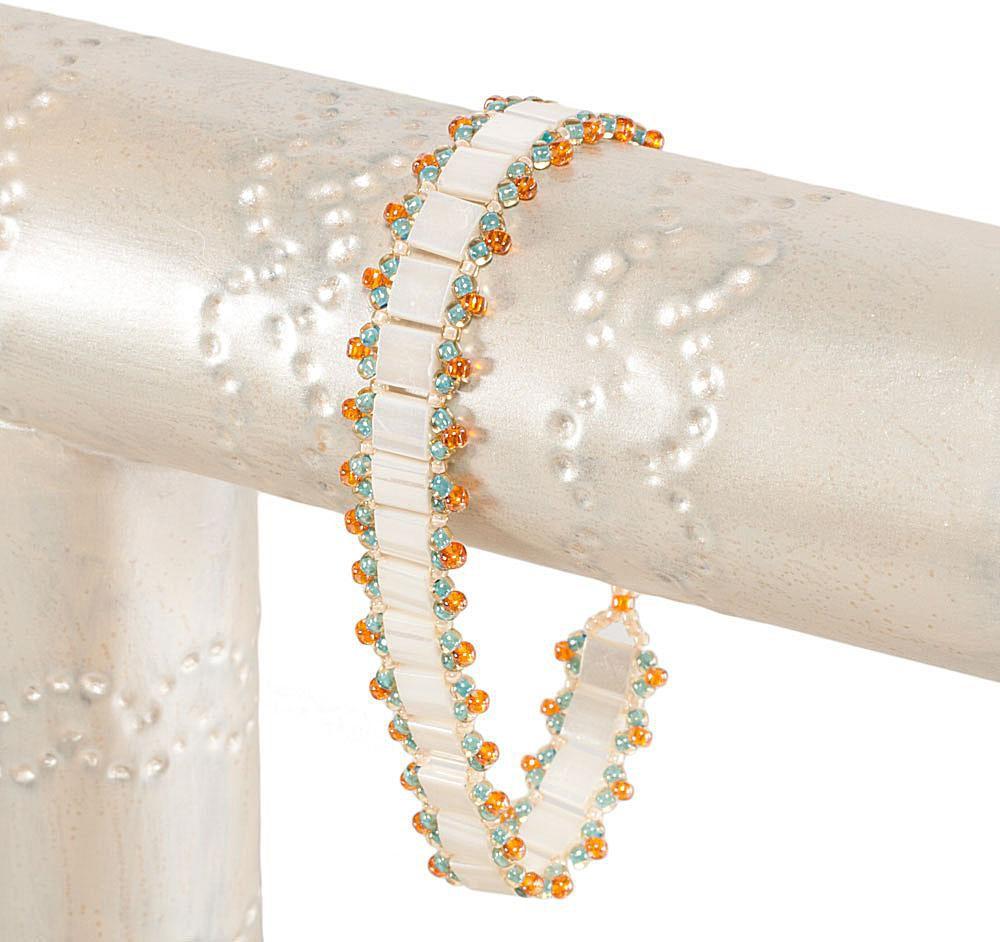 Easy Ladder Stitch Tila Bead Bracelet Pattern
