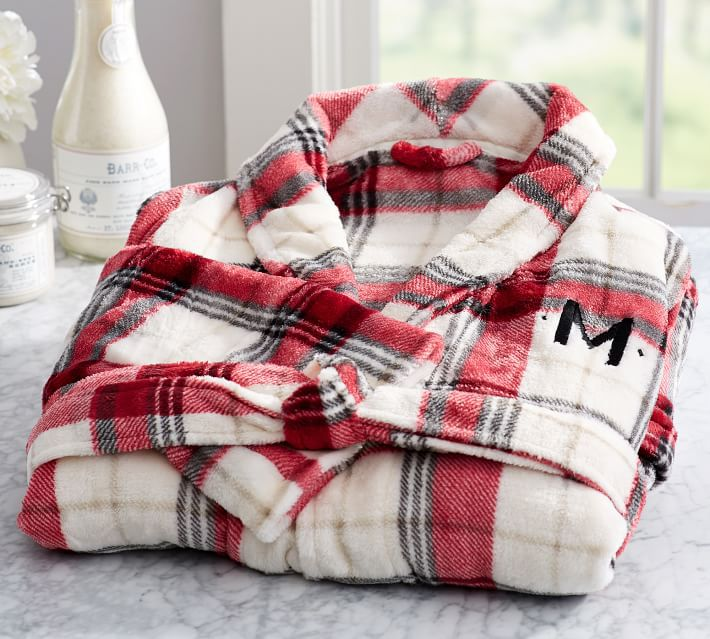 winslow-plaid-plush-robe
