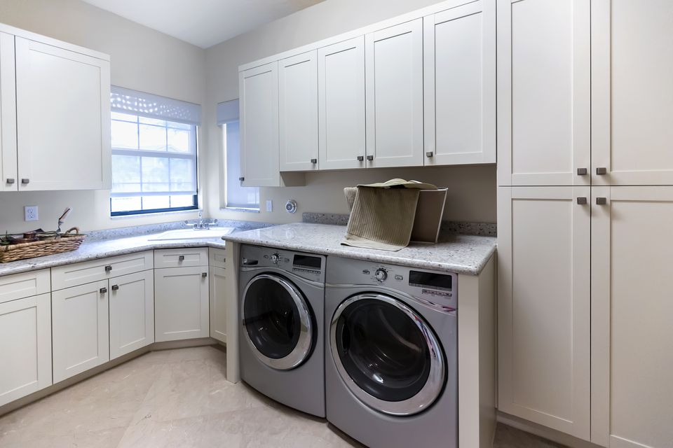 50 Inspiring Laundry Room Design Ideas