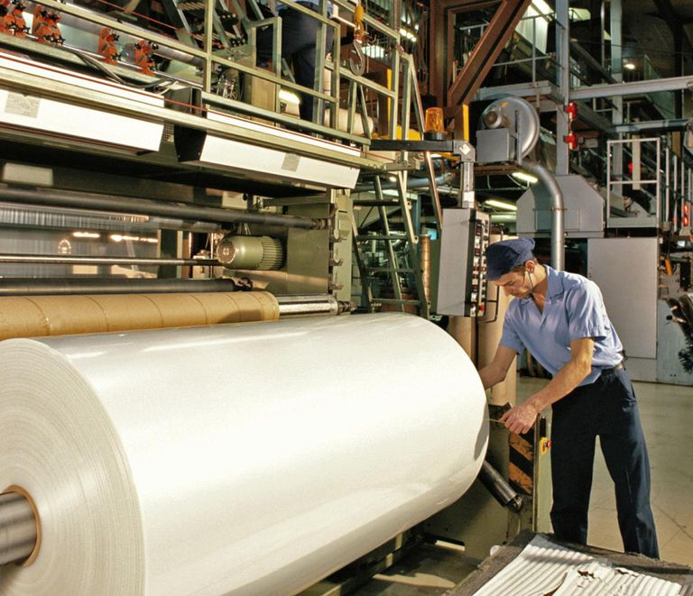 MANUFACTURING POLYTHENE IN GREAT BRITAIN