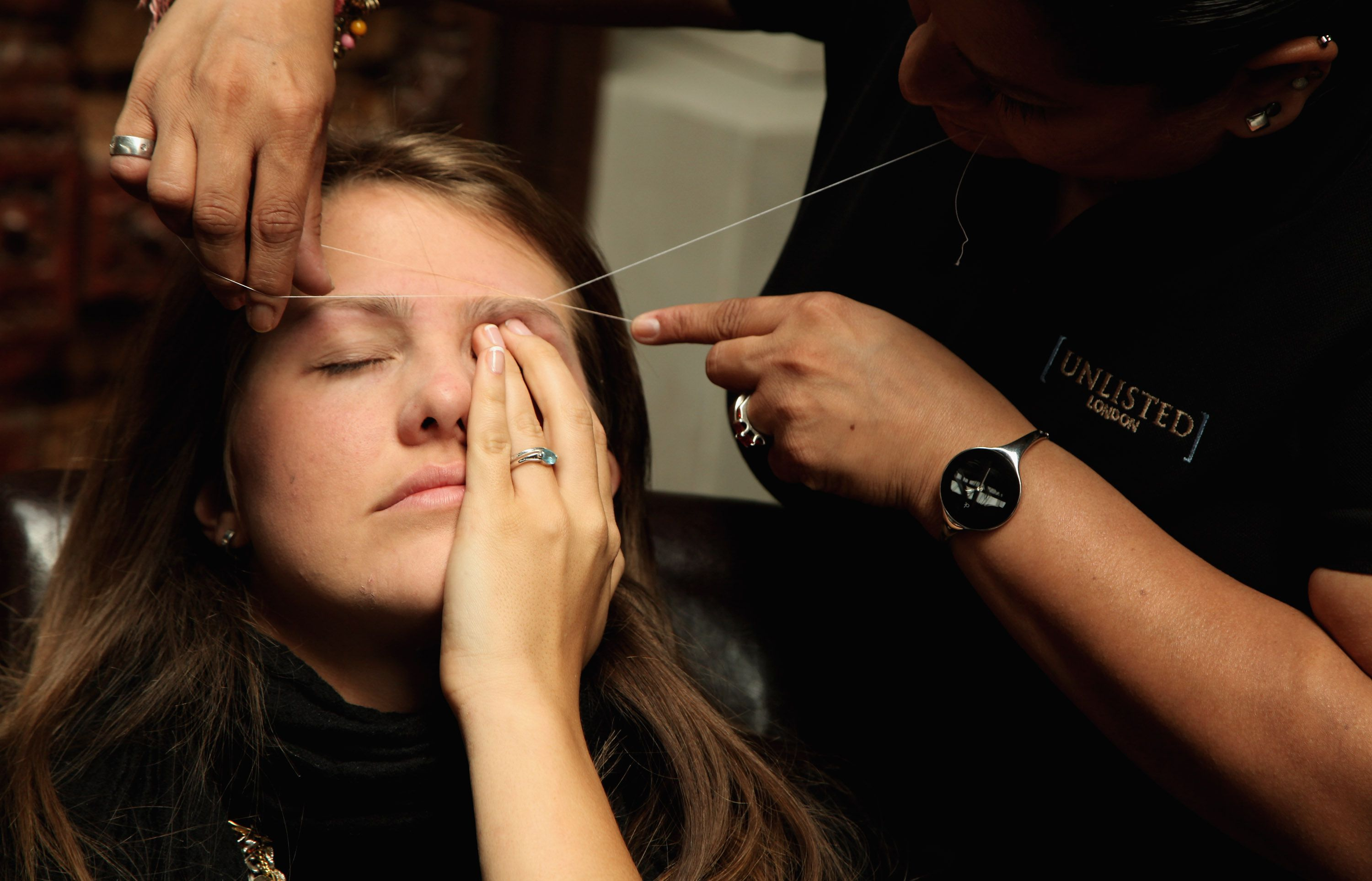 Threading Vs Waxing Eyebrows Pros And Cons