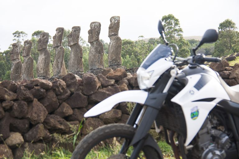 Isla de Pascua en moto